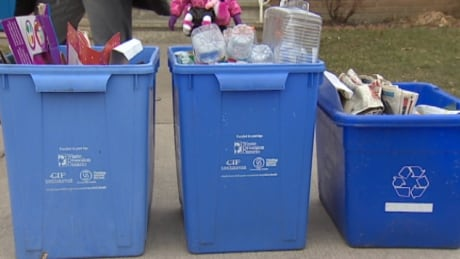 garbage collection every two weeks starts in march in waterloo region sets new 2017 biweekly garbage pickup