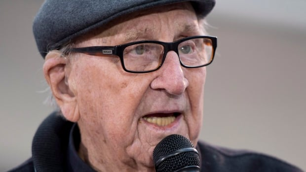 Legendary bandleader Dal Richards celebrates his 95th birthday during a celebration in downtown Vancouver, B.C., Thursday, January, 10, 2013.