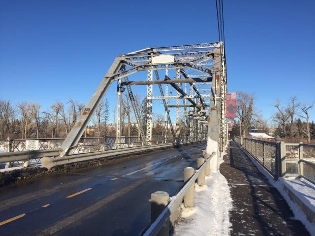 Zoo Bridge to be repaired