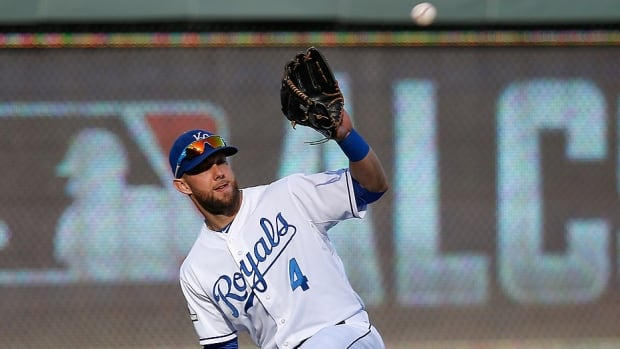 All-star outfielder Alex Gordon has agreed to a four-year deal, reportedly worth $72 million US, to remain with the World Series champion Royals. The 31-year-old has not only developed into one of the best defensive outfielders in the game with four Gold Gloves to his resume, but also a consistent hitter and clubhouse leader.