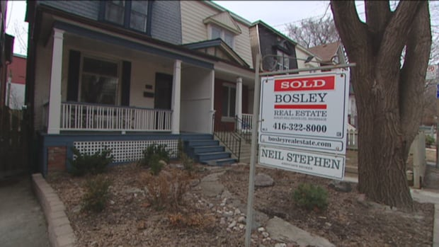 The average house price in the GTA reached $622,217 in 2015, up 9.8% from 2014. It marks the 19th consecutive year of increases, according to Toronto Real-Estate Board figures.