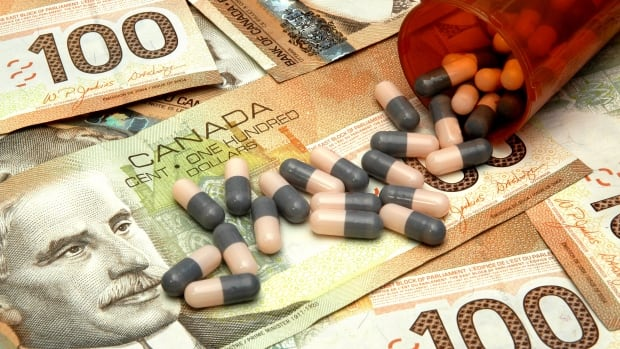 "A drug policy researcher says the relationship between the pharmaceutical industry and doctors is based on ""food, flattery and friendship,"" and a recent report by the College of Family Physicians of Canada to examine the issue will do little to help the problem."