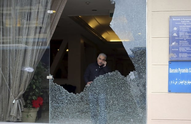 Egypt smashed windows