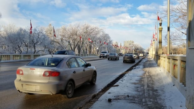 The mild weather continues in Regina and a high of 1 C is expected today.