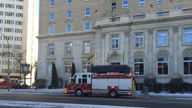 Fire crews in Regina respond to a minor fire at the Radisson Plaza Hotel Saskatchewan.