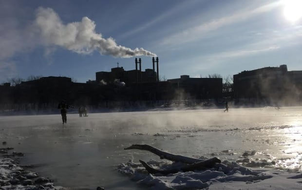 Flooding ice