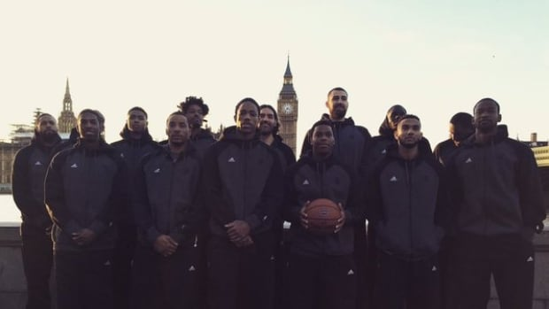 The Toronto Raptors pose with Big Ben in London, England.