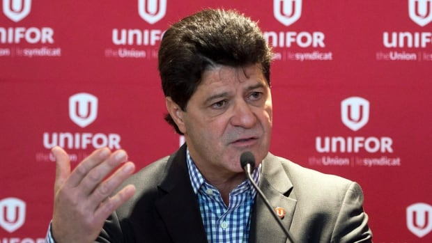 Jerry Dias, the national president of Unifor, told CBC News that he believes Ottawa is showing 'renewed interest' in the auto sector, following the recent change in government.