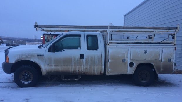 The stolen Wal-Berg truck resembles the one pictured here.