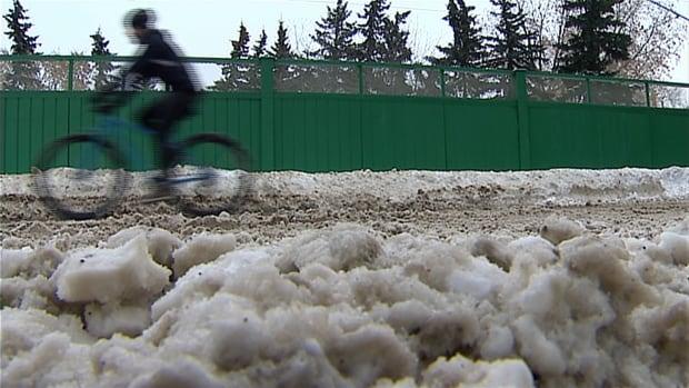 Winter cyclist in Calgary
