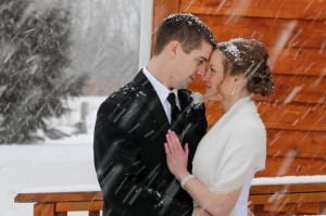 Landry and Isherwood marry in snowstorm