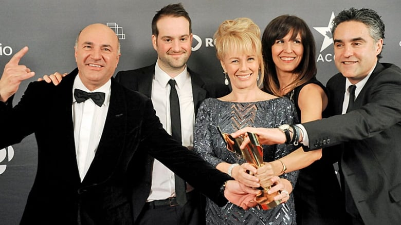 ffee1735 Dragons' Den has won a number of awards, including best reality series at  the 2013 Canadian Screen Awards. Posing here, from left, with the trophy  are Kevin ...