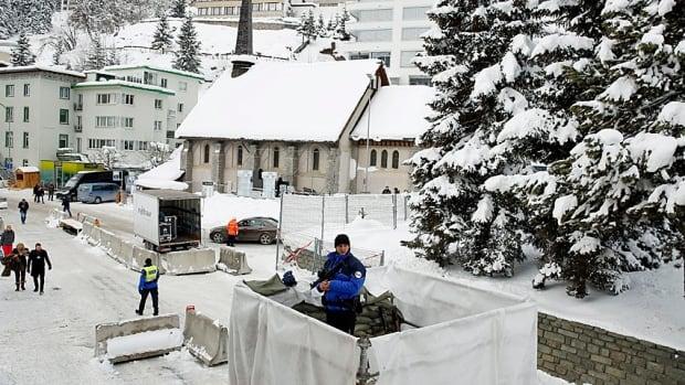 DAVOS-MEETING/