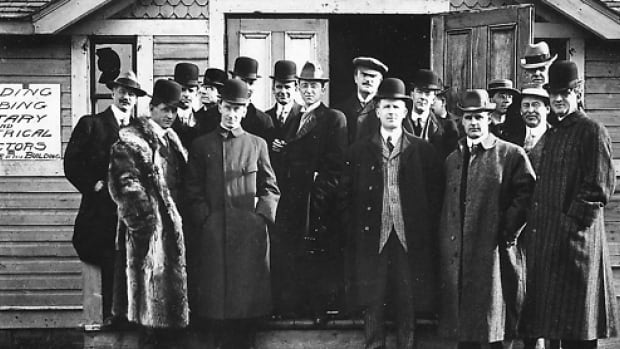 Newspaper editors, complete with bowler hats, gathered in Calgary in this photo taken in 1910.