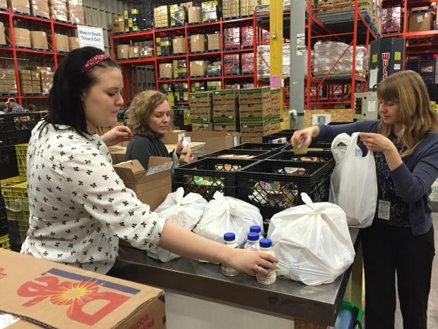Calgary Food Bank volunteers