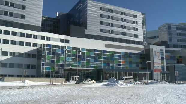 It's the first winter for patients and staff at the new Glen site of the MUHC.