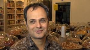 Mousa Jafarbeiglou Ayoub's Dried Fruit and Nuts