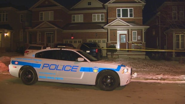 Police on the scene after a stabbing at 39 Ashdale Blvd. in Brampton, Ont.