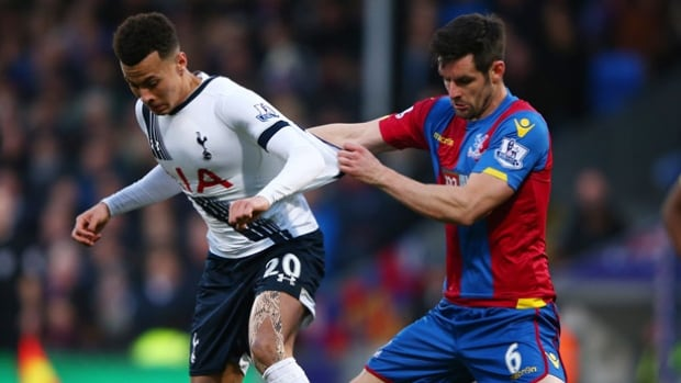 Tottenham Hotspur teenager Dele Alli, left, scored a fantastic goal against Crystal Palaace that led his Premier League team to its 11th victory of the season, 3-1.