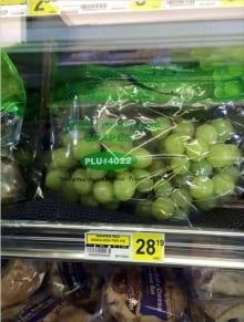 Nunavut Food Prices Sanikiluaq $28 grapes January 2016