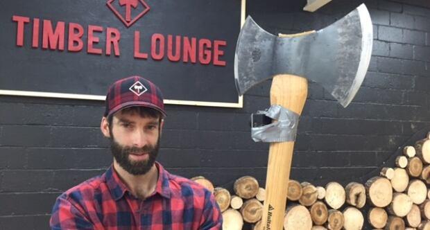 Darren Hudson, Timber Lounge