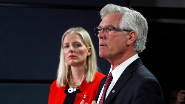 Natural Resources Minister James Carr and Minister of Environment and Climate Change Catherine McKenna announced new interim environmental regulations for pipeline projects. The Liberal government will vote against an opposition motion to support Energy East, because they say its too premature.