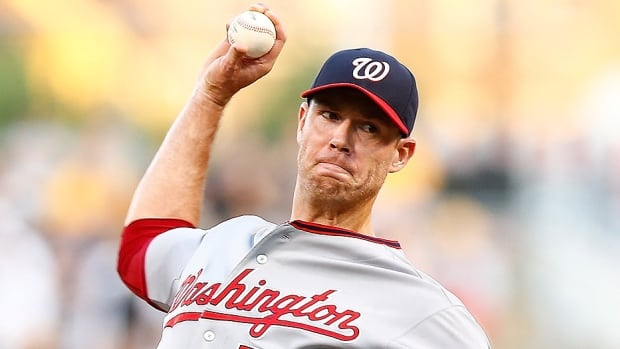 The Astros have signed former Nationals pitcher Doug Fister to a one-year, free-agent contract worth $7 million US. He was 5-7 with a 4.19 earned-run average in 15 starts and 10 relief appearances last season for Washington.