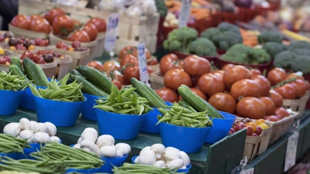 According to the Consumer Price Index, food prices increased by four per cent from Jan. 2015 to Jan. 2016. But fresh vegetables alone were up 18 per cent. For example, just in December, the price of tomatoes shot up by 30 per cent.