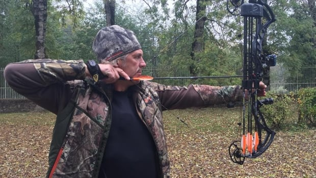Hunter and television personality Jim Shockey is searching for his late father's antique guns.