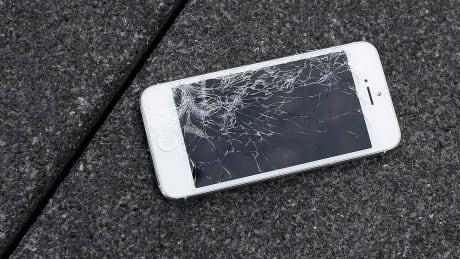 Apple-Banged-Up Phones