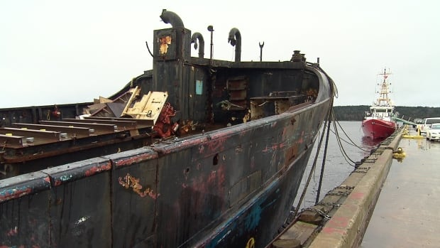 The owner of the Farley Mowet now has until April 8 to remove the derelict boat.