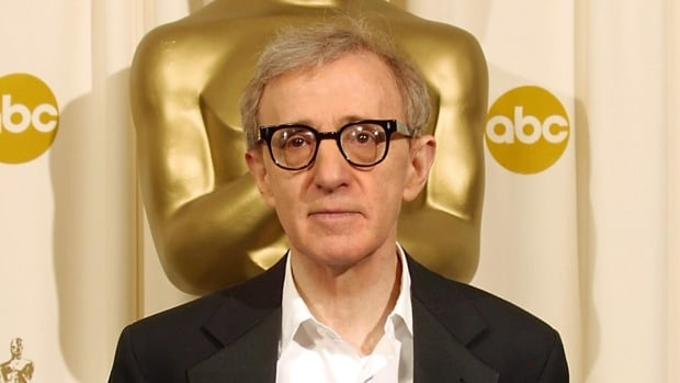 Woody Allen, seen at the 2002 Academy Awards, is expanding his relationship with Amazon, which will distribute his next movie.