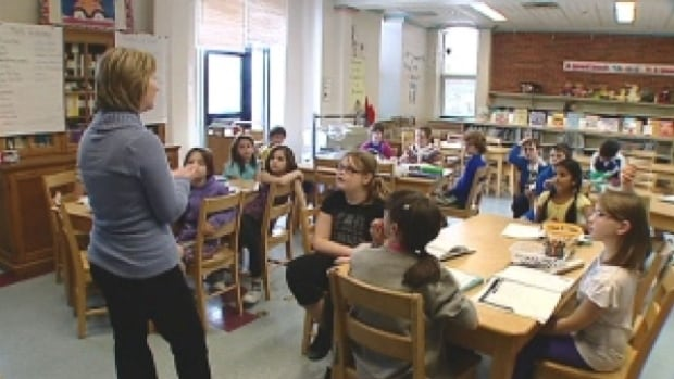 The New Brunswick Teachers' Association said the Department of Education must conduct a full review of the inclusion policy because it is creating problems in the province's classrooms.