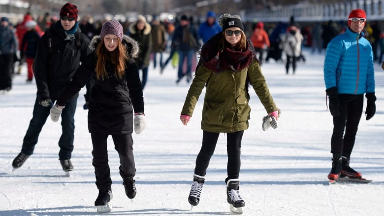 The Rideau Canal is open for skating. The NCC provides regular updates on ice conditions by means of an interactive map.