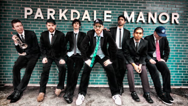 KC Roberts & The Live Revolution blends elements of house, hip-hop, rock, drum 'n' bass and reggae in their music. City By The Lake, their love letter to Toronto, appears on their CD, Parkdale Funk 2: SIDES.