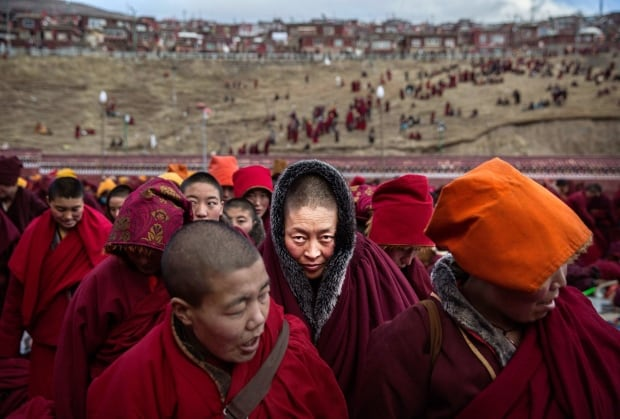 World Press 2016 winner Kevin Frayer Tibet