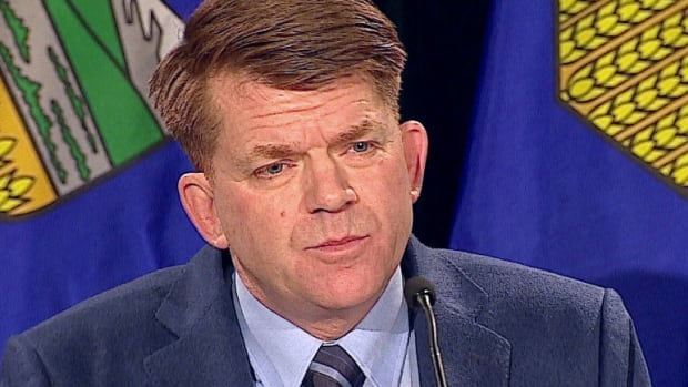 Wildrose Party leader Brian Jean is asking a panel of economy experts to analyze whether Alberta's role in Canada's equalization program should kick-start a national conversation.