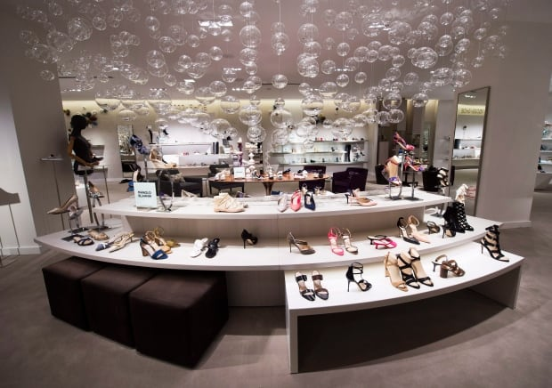 Saks Fifth Avenue Canada 20160216