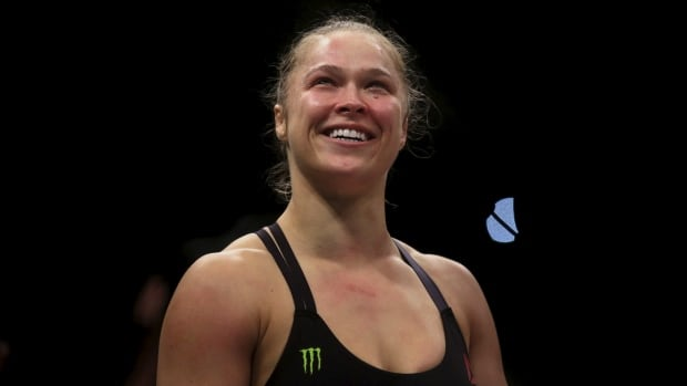 In an open-hearted interview with Ellen Degeneres, UFC fighter Ronda Rousey admitted to having suicidal thoughts following a major loss.