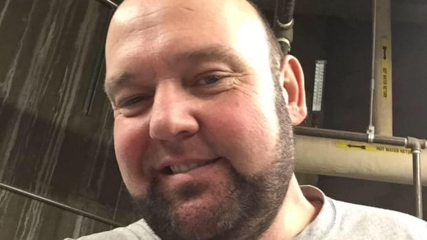 A video of Medicine Hat's Bart Houben has gone viral. He took a trip to the dentist and in the fuzzy aftermath, was convinced his head was going to fall off.