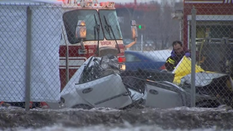 Car crash on Highway 440 in Laval leaves driver dead | CBC News