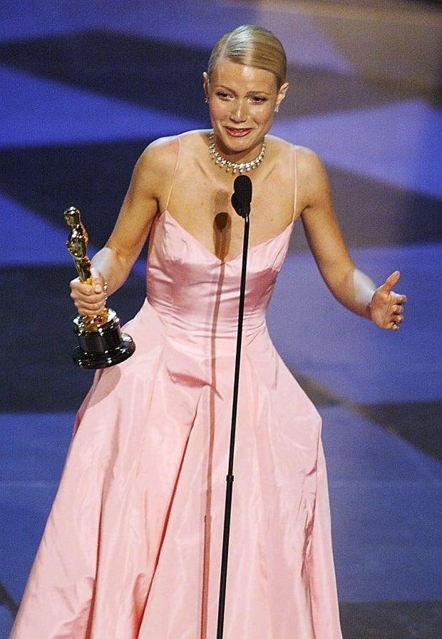 OscarsFashionHistory - Gwyneth Paltrow, 1999