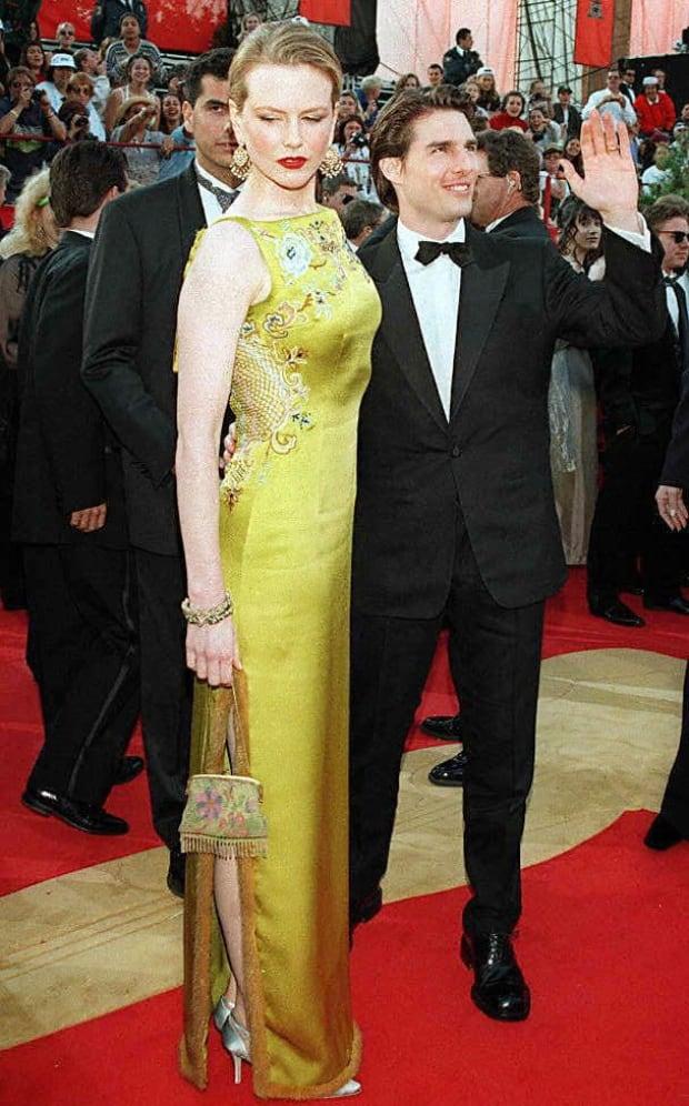 OscarsFashionHistory - Nicole Kidman, 1997