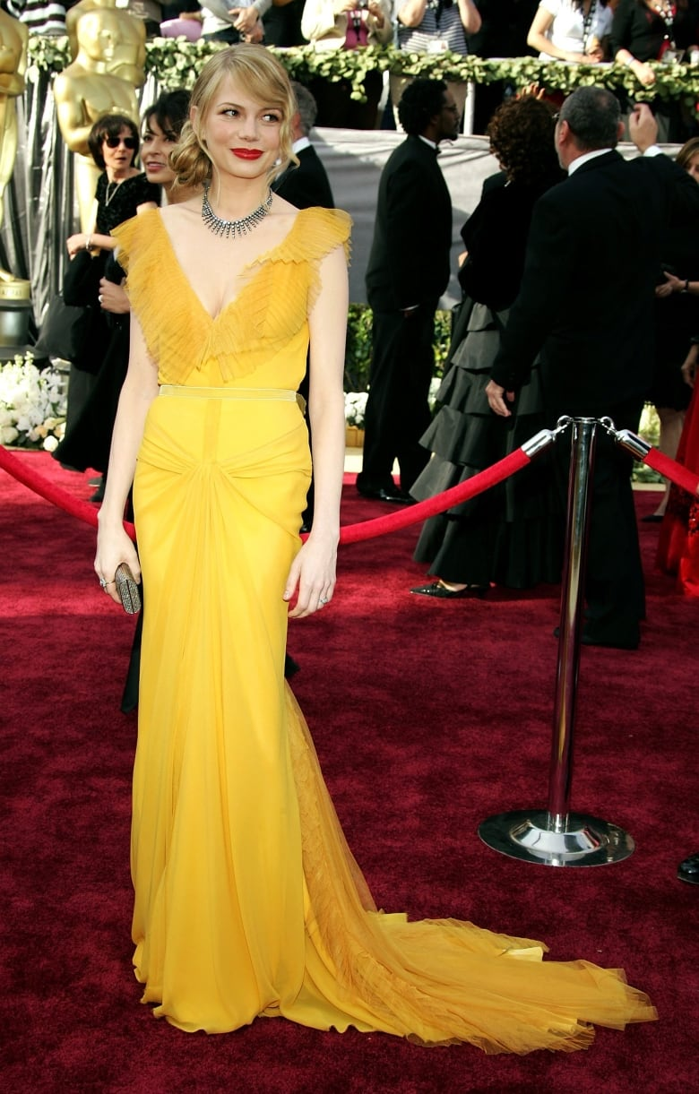 Actress Michelle Williams Dazzled In A Vibrant Vera Wang Gown At The 78th Annual Academy Awards Where She Was Best Supporting Nominee For Her