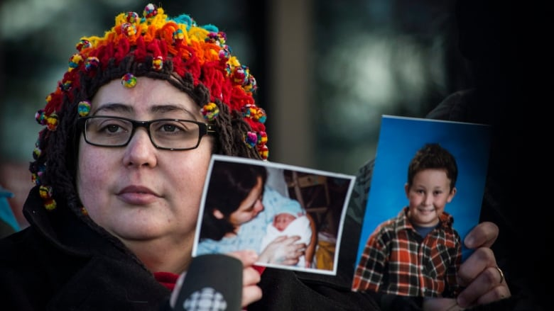 Mom of kids killed in drunk-driving crash asks supporters to write