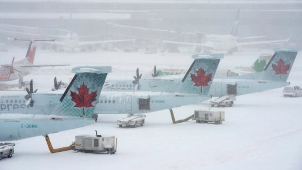 There are hundreds of cancellations on Tuesday morning at Pearson airport thanks to the return of winter weather.