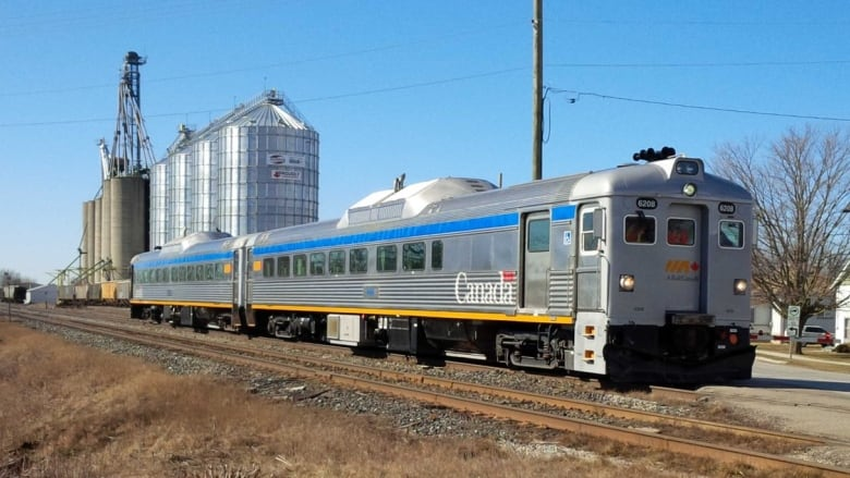 Pain on the train: VIA Rail passengers frustrated with