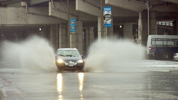 The rain from yesterday is expected to change to snow this morning as temperatures dip below the freezing mark in Toronto.
