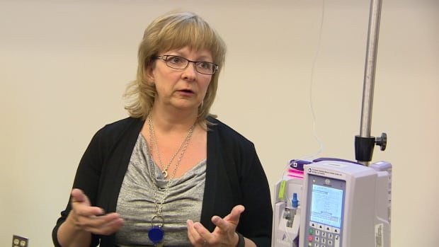 Lori Garchinski with the Regina Qu'Appelle Health Region demonstrated the new smart IV pumps.