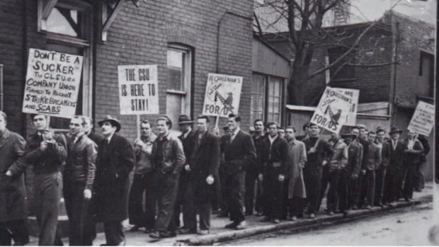 The Canadian Seamen's Union disbanded in 1951.